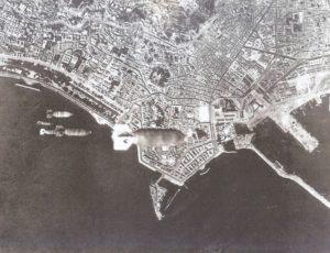 bombardamento Napoli_4.8.1943,_bombardamento_aereo_statunitense