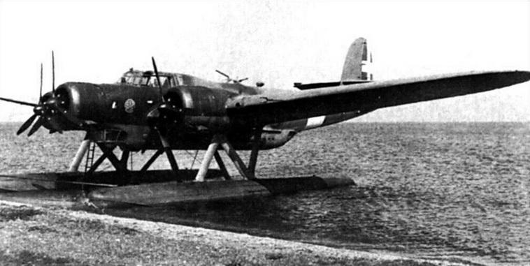 ricognitore italiano 2a guerra mondialecant-z-506b-airone-floatplane-01
